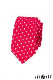 Rote schmale Krawatte mit weißen Tupfen