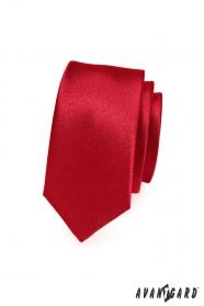 Glatte einfarbige rote Krawatte