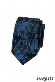 Schmale Krawatte mit blauem Muster